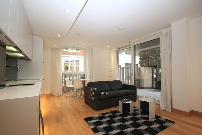 Flat for sale in Horseferry Road, London