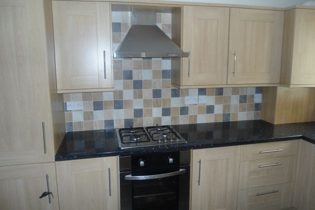 3 bed town house to rent in William Street, Wellgate, Rotherham S60