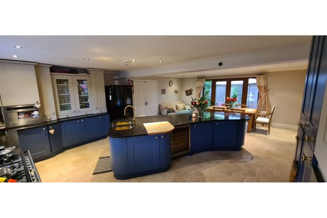 Kitchen/Diner of Victoria Road, Woodhouse Eaves, Loughborough LE12
