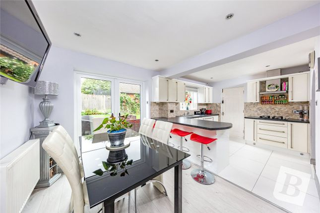 4 bed detached house for sale in Spruce Close, Steepleview, Basildon SS15