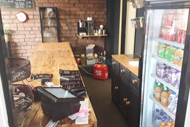 Thumbnail Restaurant/cafe for sale in Station Road, Oldham