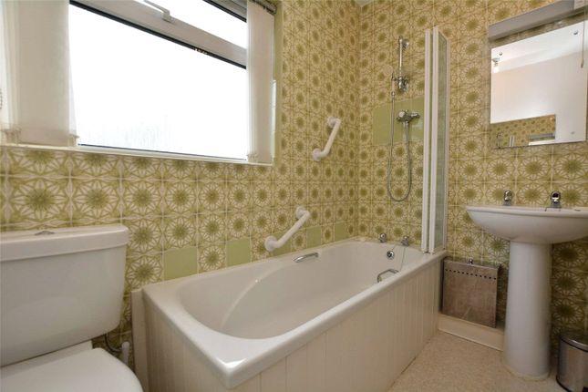 Picture No. 22 of Moor Park Villas, Leeds, West Yorkshire LS6