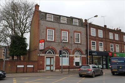 Thumbnail Retail premises to let in Ground Floor, 15, Bridge Street, Caversham, Reading, Berkshire