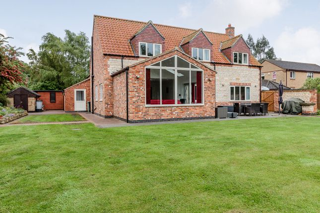 Thumbnail Detached house for sale in Angel Court, Grantham