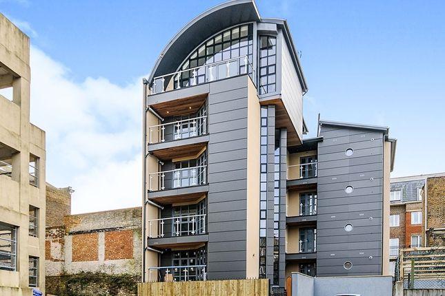 Thumbnail Flat to rent in Cliff Street, Ramsgate