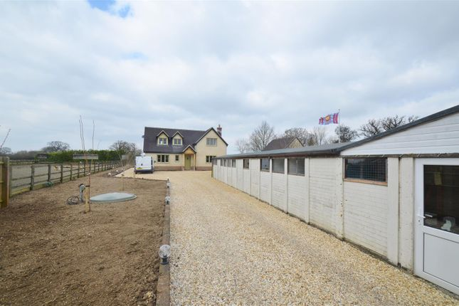 Thumbnail Property for sale in Heathfield, Bletchingdon, Kidlington