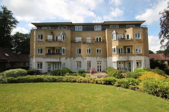 Thumbnail Flat for sale in Willicombe Park, Tunbridge Wells