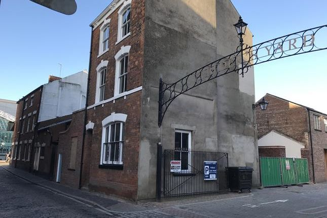 Thumbnail Retail premises to let in Posterngate, Hull, East Yorkshire