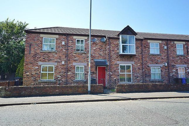 2 bed flat to rent in Burnage Lane, Burnage, Manchester M19