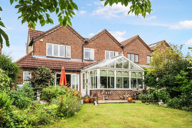 Thumbnail Semi-detached house for sale in Woodplace Lane, Coulsdon