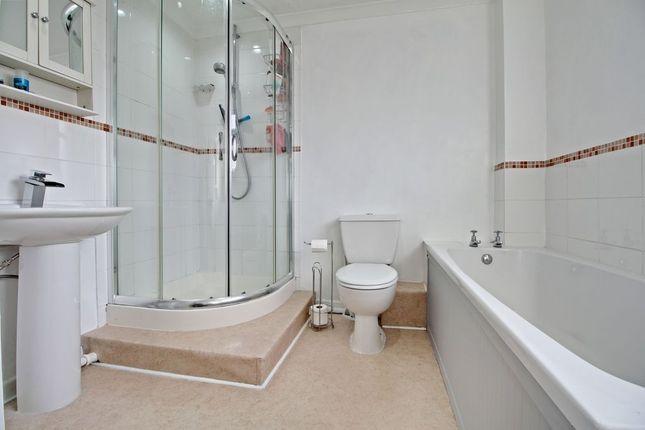 Bathroom of Restormel Close, Basingstoke RG23