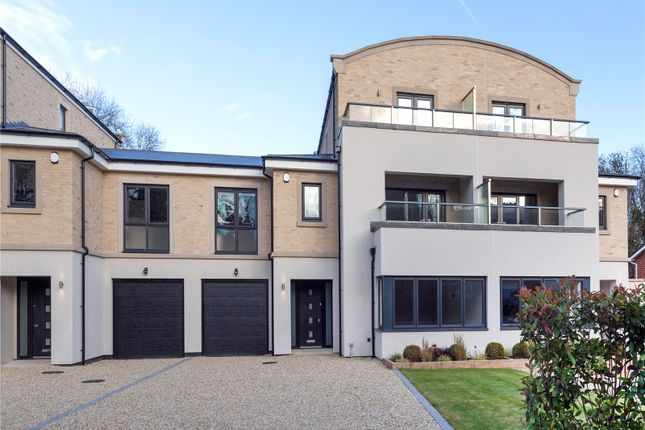Thumbnail Terraced house for sale in South Park View, Gerrards Cross, Buckinghamshire