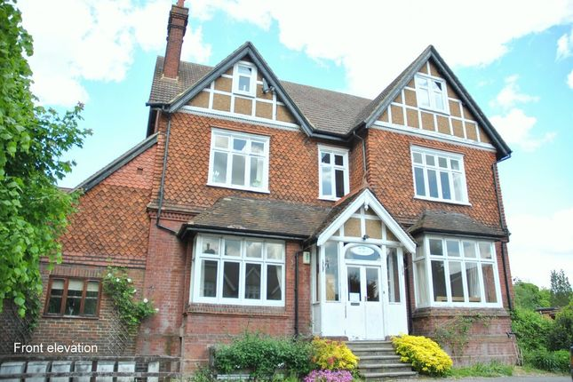 1 bed flat to rent in Somers Road, Reigate