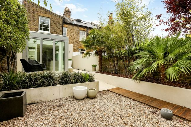 Thumbnail End terrace house to rent in St. Marks Place, Windsor