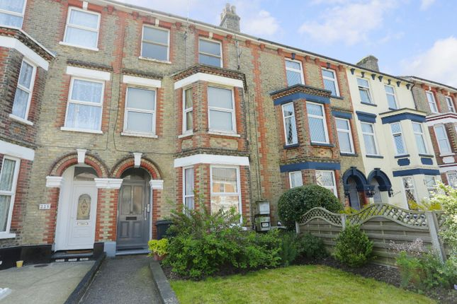 Thumbnail Flat for sale in Folkestone Road, Dover