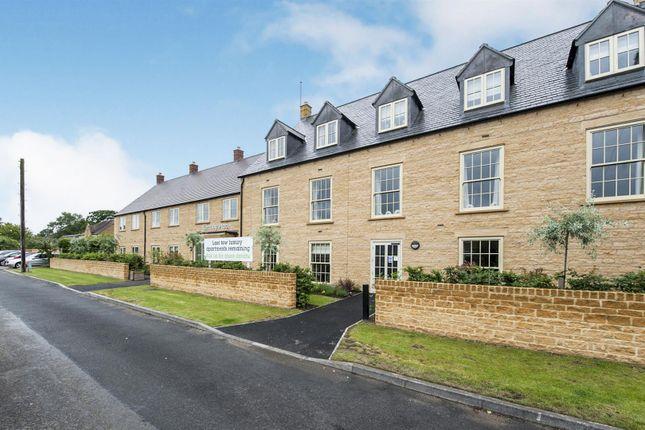 Thumbnail Flat for sale in 32 Keatley Place, Hospital Road, Moreton In Marsh