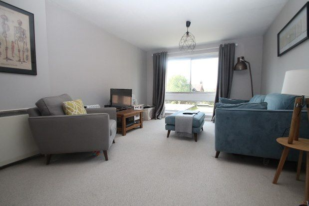 Thumbnail Flat to rent in Swan Street, Petersfield