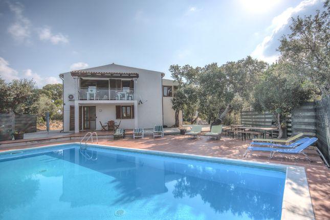 Villa for sale in San Teodoro, Sardinia, Italy