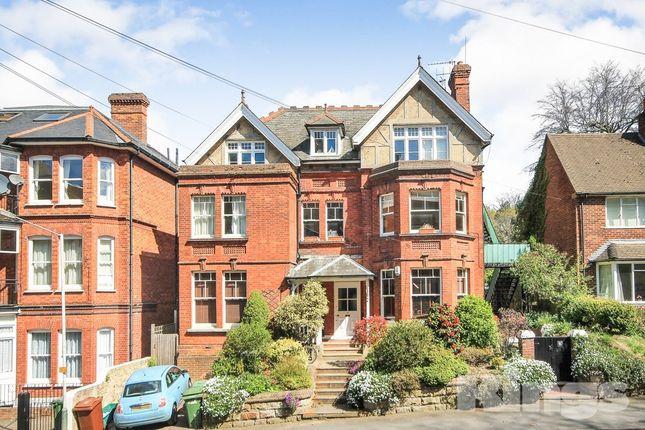 Thumbnail Flat to rent in Molyneux Park Road, Tunbridge Wells