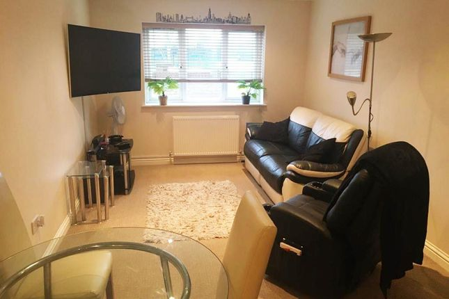 Living Area of Staines Road West, Ashford TW15