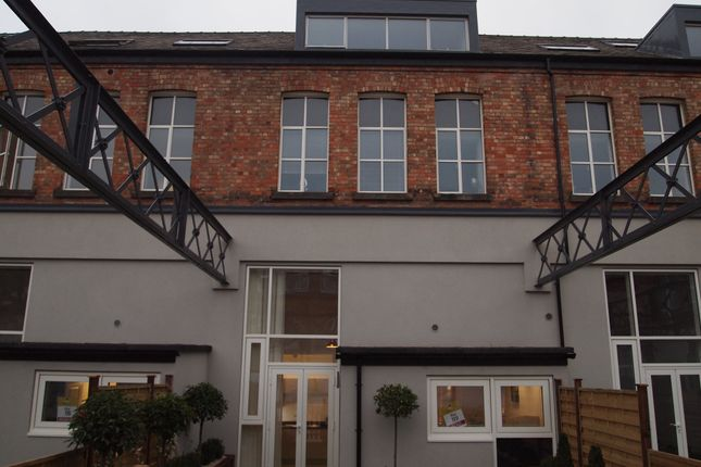 Thumbnail Property to rent in Wheatsheaf Court, Knighton Fields, Leicester
