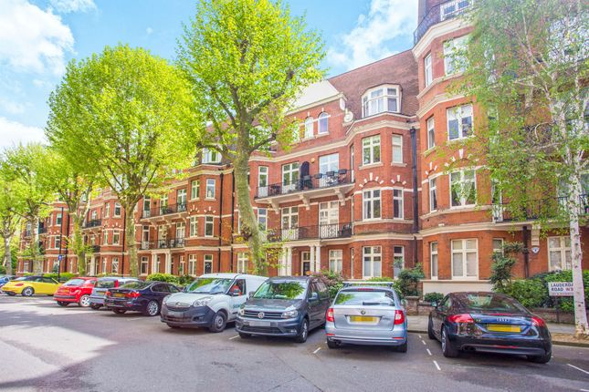 3 bed flat for sale in Lauderdale Road, London