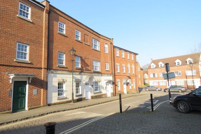 Thumbnail Flat for sale in Coopers Lane, Abingdon, Oxfordshire