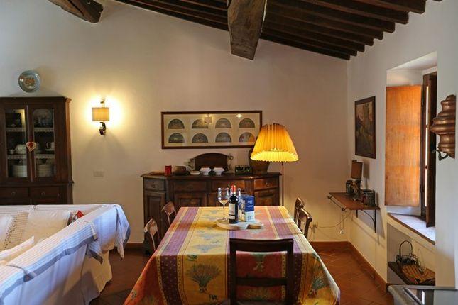 Piandolmo Montepulciano Dining Room