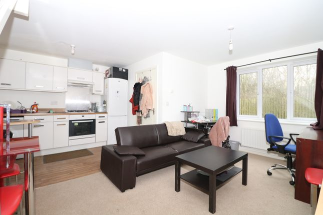 Living Kitchen of Watkin Road, Leicester LE2