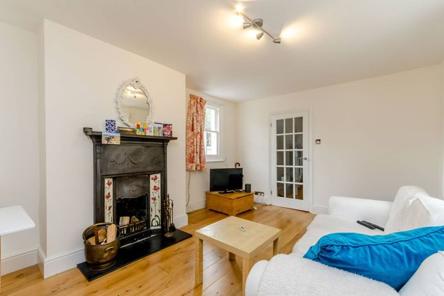 Thumbnail Flat to rent in Lower Richmond Road, Putney