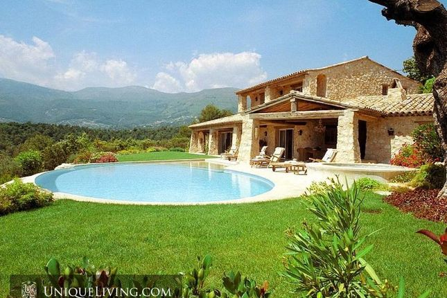 Thumbnail Villa for sale in Les Hauts De Saint Paul, St Paul De Vence, French Riviera