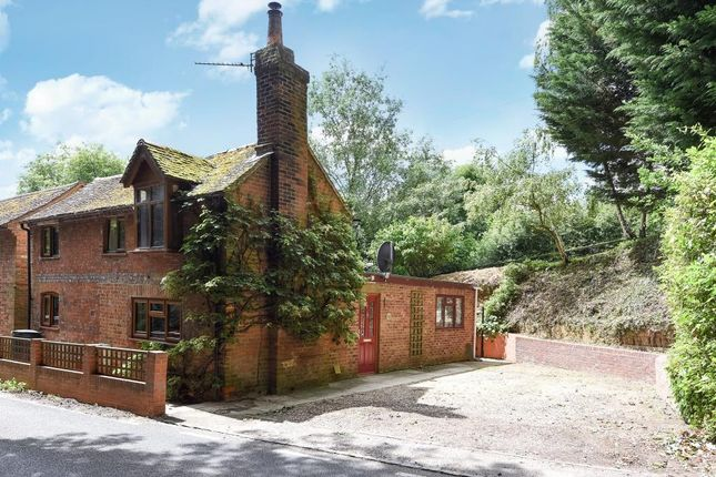Thumbnail Detached house to rent in Donnington, Berkshire
