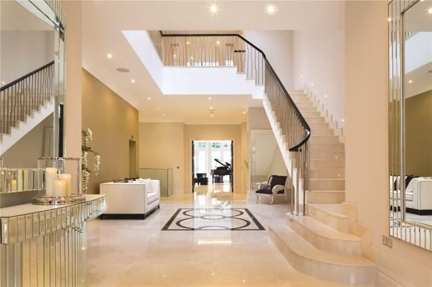 Entrance Hall of Fairways, 15 White Lodge Close, Hampstead N2