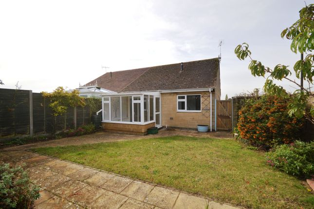 Thumbnail Bungalow for sale in Links View, Cirencester