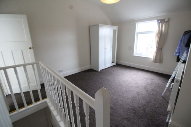 2 bed terraced house to rent in Kensington Road, Earlsdon, Coventry, West Midlands