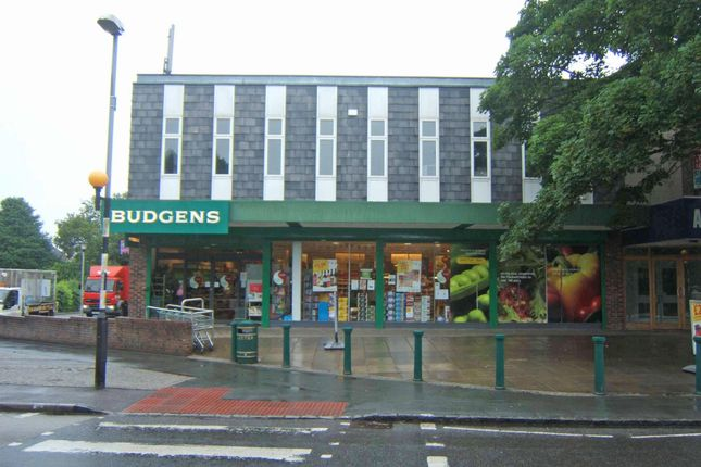 Thumbnail Retail premises to let in Old Kiln Road, Flackwell Heath