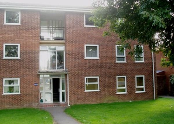 Thumbnail Flat to rent in St. Swithins Road, Bridport