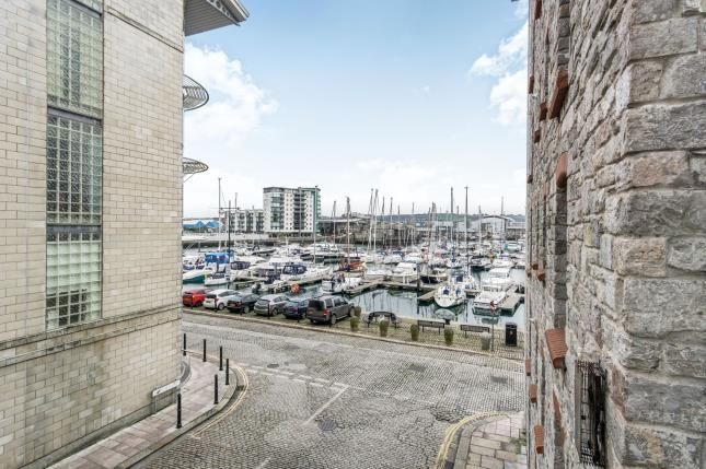 Thumbnail Flat for sale in Hawkers Avenue, Plymouth, Devon