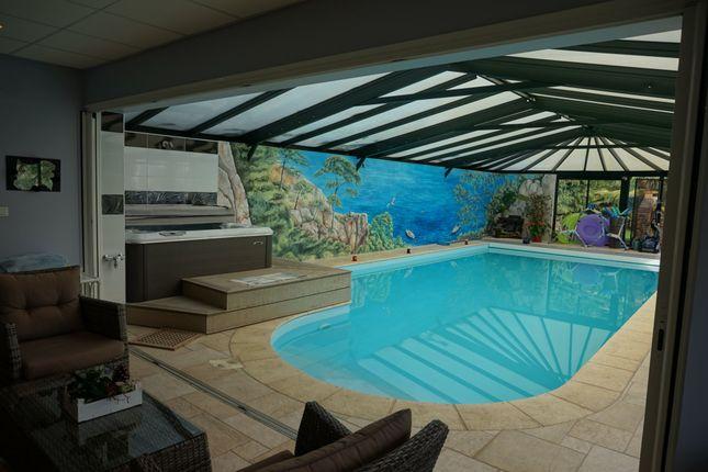 Property for sale in Ambrieres-Les-Vallees, Pays-De-La-Loire, 53300, France