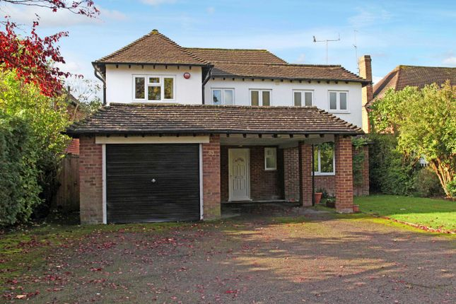Thumbnail Detached house to rent in Mayflower Way, Farnham Common, Slough