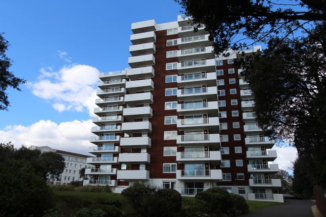 Thumbnail Flat to rent in Russell Cotes Road, Bournemouth