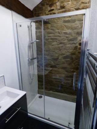 New En-Suite of Waterside Farm, Waterside, Stockport, Cheshire SK12