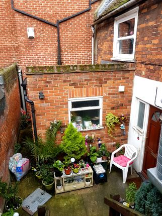 39D Town House of St Johns Street, Central Colchester.Freehold CO2