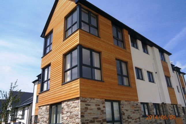 Thumbnail Flat to rent in Piper Street, Plymouth
