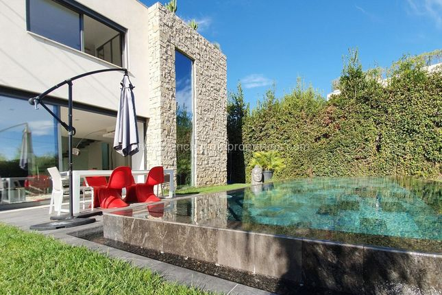 Thumbnail Villa for sale in Antibes, Salis, 06600, France