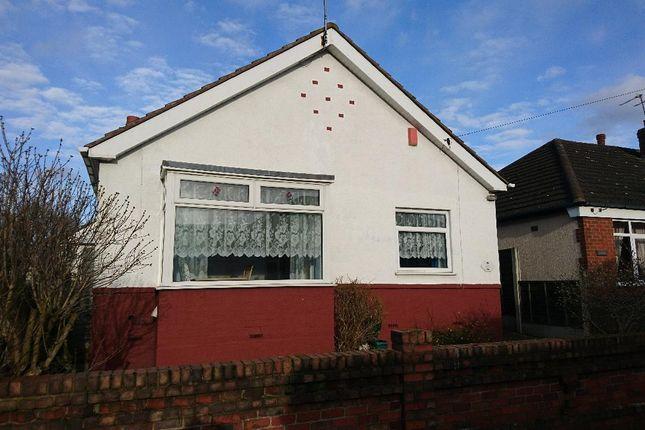 Thumbnail Bungalow to rent in Highfields Avenue, Bilston