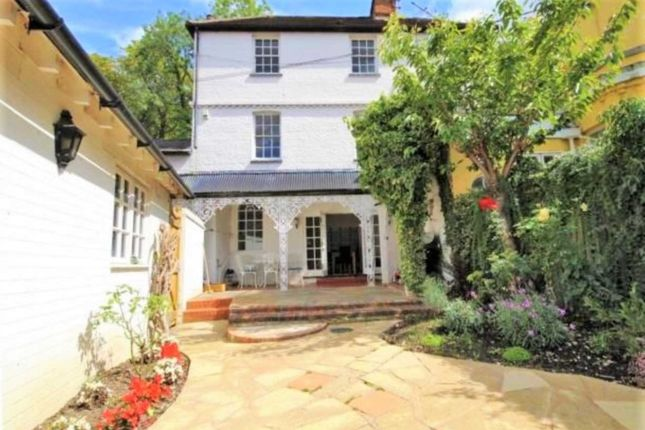 Thumbnail Semi-detached house to rent in Wargrave Road, Henley-On-Thames