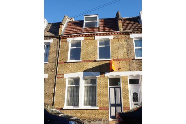 Thumbnail Terraced house to rent in Limehouse Stepney Green Whitechapel, London