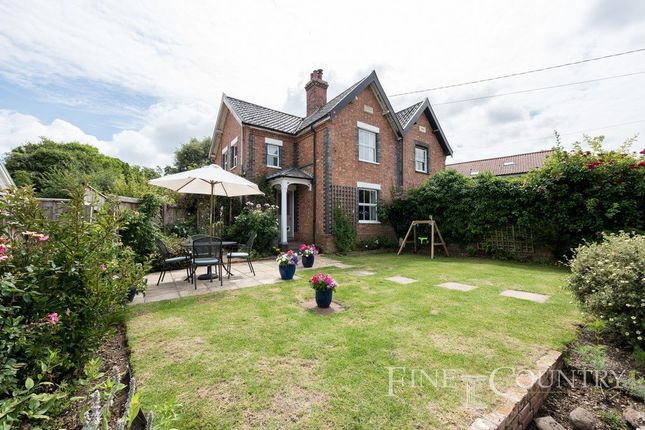 Thumbnail Semi-detached house for sale in Kenninghall Road, Garboldisham, Diss