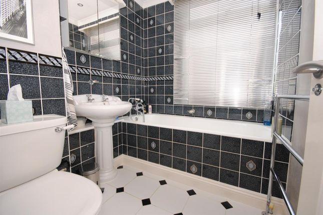 Bathroom: of Sunninghill Court, Sunninghill, Ascot SL5